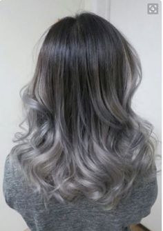 Gri Ombre Saç Renklerine Geçiş