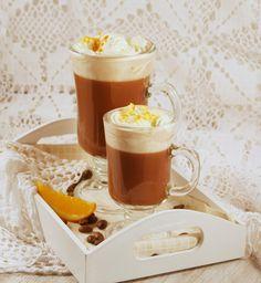 Café Borgatta, czyli kawa czekoladowa ze skórką pomarańczową Eat Me Drink Me, Food And Drink, Coffee Maker Machine, Coffee And Cigarettes, Hot Chocolate, Cupcake Cakes, Latte, Smoothies, Cooking Recipes