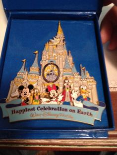 WDW Happiest Celebration On Earth Jumbo Pin Castle Mickey Tink Goofy Donald