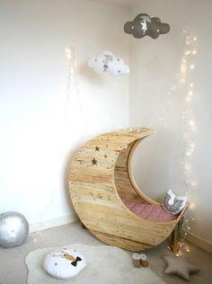 #DIY Lovely #Moon #bed #Baby #kidsdinge ♥