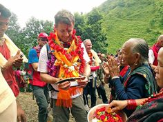 Crown Prince Frederik payed a visit to villages in the Lamjung district, where there was a focus on health, epidemics and disaster prevention. During the visit Frederik was showcased some long-term initiatives in the villages to provide better sanitation and better access to water.19/09/2015