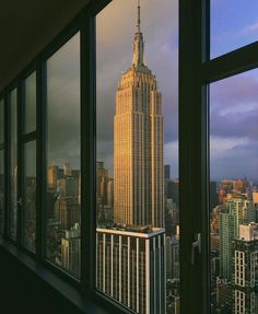 Rainbow Room by @scottlipps @raibowroomnyc #newyorkcityfeelings #nyc #newyork