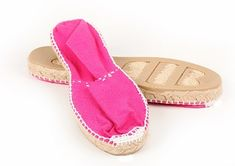 Spanish Espadrilles, Women's Espadrilles, Spanish Shoes, Play Shoes, Spanish Woman, Princess Caroline, Baby Size, Parisian Style, European Fashion