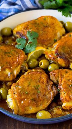 WMF Cutlery And Cookware - One Of The Most Trustworthy Cookware Producers This One Pot Meal Features Moroccan Chicken With Savory Spices, Olives And Raisins. Easy Chicken Recipes, Turkey Recipes, Dinner Recipes, Recipe Chicken, Tandoori Chicken Recipe Indian, Tumeric Chicken Recipes, Morrocan Food, Moroccan Dishes, Cooking Recipes