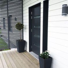 Kuvahaun tulos haulle sisäänkäynti terassi Garage Doors, Outdoor Decor, Instagram Posts, House, Home Decor, Ideas, Decoration Home, Home, Room Decor