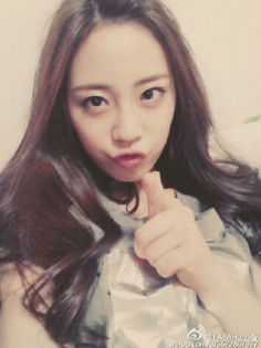 Loving her more.. Fighting!!  #kara #youngji #heoyoungji #karayoungji #maknae