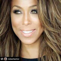 "#Repost @robertector with @repostapp. ・・・ Beauty with @marjorie_harvey for @theladylovescouture. Check out this week's #couturechronicle titled ""Digital Discretion"" and see more photos from this shoot! Makeup by @jasonmcglothin and hair by @kiyahwright1 #theladylovescouture #marjorieharvey #chicago #robertectorphotography"