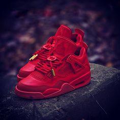 Jordan 4 Red October