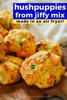 Learn how to make this easy air fryer hush puppies recipe from a mix It s made with Jiffy Mix and can be made with the vegetarian mix as well Talk about the perfect side dish to salmon catfish or any other seafood airfryer airfried jiffymix Hush Puppies Rezept, Hush Puppies Recipe Jiffy, Seafood Hush Puppies Recipe, Baked Salmon Recipes, Seafood Recipes, Cooking Recipes, Cooking Food, Seafood Dishes, Air Fryer Dinner Recipes