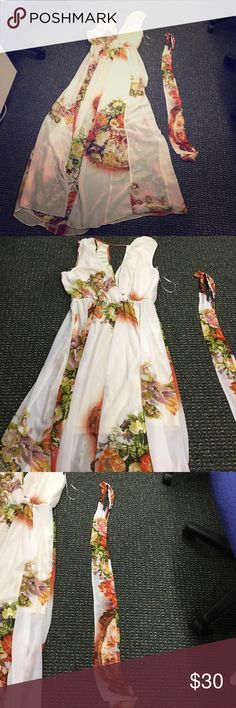 Alberto Makali New York white long summer dress L Women's white summer sheer dress! Size L! In great condition! Only worn twice!!! Must buy! Beautiful colors for a summer wear!!! Alberto Makali Dresses Maxi