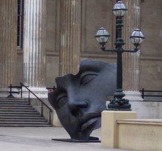'Hollow face (Luci di Nara)' (2002) by Polish artist Igor Mitoraj (b.1944). Main entrance, British Museum, photographed by Juan de Dios Santander Vela on flickr. via forma es vacío, vacío es forma