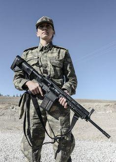 K soldier uniform soldier soldier beautiful.