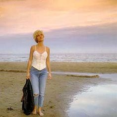 See Marie Fredriksson pictures, photo shoots, and listen online to the latest music. Roxette Band, Marie Fredriksson, Common People, Waiting For Her, Music Love, Latest Music, Photoshoot, Brunettes, Rock