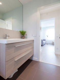 Comprar vivienda de segunda mano para reformar no solo es tendencia, sino una posibilidad a valorar si deseamos vivir en una zona céntrica. Los cambioseneste piso de estilo nórdico en Madrid cons…