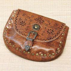 Conheça nossa linha de bolsas que completam seu look!  Saiba mais pelo nosso Whatsapp: 13982166299