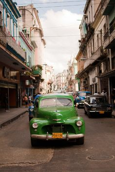 Street scene . Cuba