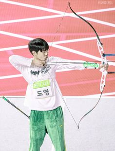 "Youngderful on Twitter: ""190107 ISAC I'll shoot you  (∩`-´)⊃━✿)->♡♡♡♡♡♡♡  #NCT #NCT127  #김도영 #도영 #ドヨン #DOYOUNG… """