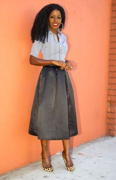 Box pleat black midi skirt