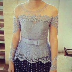 Kebaya Lace, Kebaya Peplum, Batik Kebaya, Kebaya Pink, Blouse Batik, Batik Dress, Lace Dress, Model Kebaya Modern, Kebaya Modern Dress