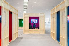 Galeria de Unlooped Kino em St. Petersburg / Ira Koers + Roelof Mulder - 4