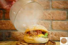 Pepper Jack, Morges - Avis sur les restaurants - TripAdvisor Burger Mania, C'est Bon, Trip Advisor, Restaurants, Menu, Stuffed Peppers, Ethnic Recipes, Food, Diners