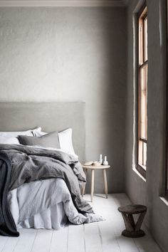 A Messy Bed - 10 Trends To Steal From H&M Home's Fall Lookbook - Photos