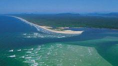 Litoral norte do Paraná está a Ilha de Superagui. Perto da divisa entre os Estados do Paraná e de São Paulo é considerada uma ilha artificial, por ter se formado após a abertura do Canal do Varadouro, separando a península do continente em 1953.