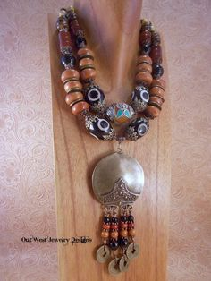 Statement Necklace Set - Chunky Boho Tribal Style Black Agate Carnelian and Moroccan Resin - Ethnic Style Earthy Organic Colors Big and Bold African Necklace, African Jewelry, Ethnic Jewelry, Bohemia Jewelry, Chunky Jewelry, Fall Jewelry, Jewellery, Hippie Chic, Hippie Style