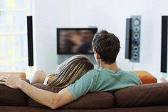Quer coisa mais gostosa do que passar um final de semana com o namorado descansando e assistindo uma comédia romântica? Ainda mais em dias chuvosos de verão!