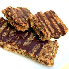 Low-Carb Breakfast Nut and Seed Bar