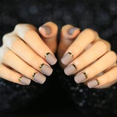 Try different nail art designs that will upgrade your manicure @ Le Nu Spa Fancy Nails, Trendy Nails, Love Nails, Matted Nails, Acrylic Nails, Nail Swag, Orange Nail Designs, Nail Art Designs, Nagel Bling