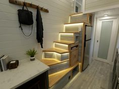 Challenge your skepticism of tiny house living with these incredible features seen on DIY Network and HGTVs Tiny Luxury. Cheap Tiny House, Tiny House Luxury, Luxury Homes, Luxury Apartments, Villa, Small Room Design, Tiny House Living, Little Houses, Modern House Design