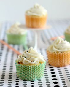 Vanilla Cupcakes {with a surprise inside!}
