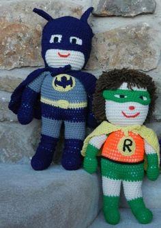 Batman Doll - Free Amigurumi Pattern here: http://carolescrochet.angelfire.com/