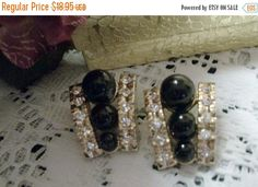 Vintage Costume Jewelry Earrings Black by SpringJewelryThings