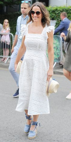 Look of the Day - Pippa Middleton kept things fresh in a white Anna Mason eyelet dress with blue wedges by Penelope Chilvers. Cute Maternity Dresses, Modest Dresses For Women, Lace Summer Dresses, Maternity Fashion, Casual Dresses, Pippa Middleton Dress, Frock Patterns, Stylish Summer Outfits, Eyelet Dress
