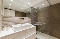 View the full picture gallery of Casa F+V Corner Bathtub, Designs To Draw, Bathroom, Interior, Projects, Barcelona, Pictures, Gallery, Trough Sink