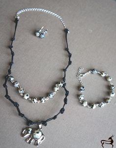 Purchase info gazellasdesign@gmail.com or or visit www.poshmark.com/closet/gazellasdesign #necklace #bracelet #leather #elephant  #earrings #elegance #fashionpolis #texasfashion #madeforyou #handmade #handmadeset #accesoriesshop #custommade #jewelry #texas #houstongram #getyours #trendingnow #jewelryset #onlineshopping #onlinestore #shophouston #brownnecklace @gazellasdesign