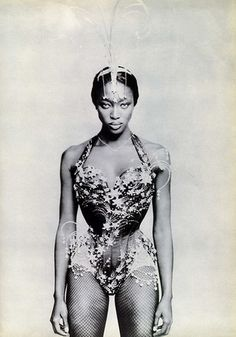 "sfilate: "" Naomi Campbell in ""White Diamonds"" photographed by Paolo Roversi for Vogue Italia, May 1997 """