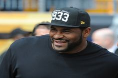 <p>Diagnosed with asthma at the age of 15 after passing out during a high-school football tryout, Jerome Bettis went on to play football at the University of Notre Dame and later got drafted in NFL where he was named the Rookie of the Year and went on to play 13 seasons in the league, winning a Super Bowl in the process.</p> <p>Image source:Getty</p>