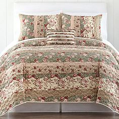 Home Expressions Sweet Floral Quilt and accessories