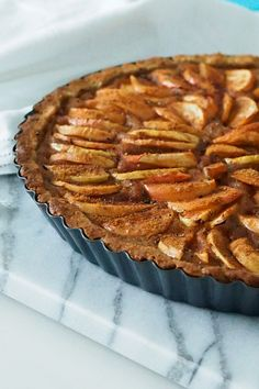 Karita Tykän omenapiirakka Helthy Snacks, Good Food, Yummy Food, Sweet Pastries, Gluten Free Treats, Sweet Pie, Healthy Cake, Foods With Gluten, Apple Pie