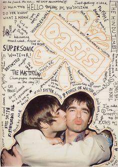 Oasis- GET THE BAND BACK TOGETHER!!