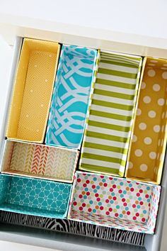 Great budget DIY project for making drawer dividers out of cereal boxes! A cheap, easy and decorative way to keep your drawers more organised in any room of the house/getting organized/ Organisation Hacks, Storage Organization, Storage Ideas, Diy Storage, Organizing Drawers, Drawer Storage, Drawer Organisers, Diy Drawer Dividers, Cereal Box Organizer