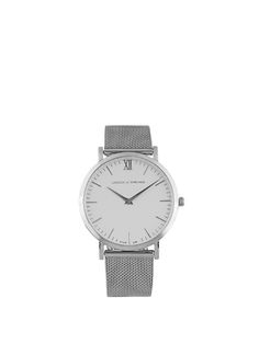 Larsson & Jennings's stainless-steel Lugano watch has a discerning design that features the label's signifying 40mm case and bezel, and a contemporary chain mail strap. It's complete with a white brass dial, and is water resistant to 50 metres. Wear it to enliven on and off-duty looks.
