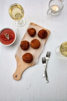 Lily's Kitchen Book - arancini de risotto aux cepes et mozarella
