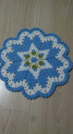 Free 100 crochet and knitting patterns. There are patterns for you, the kids and for baby. See all of your favorite 100 crochet patterns. Crochet Toys Patterns, Afghan Crochet Patterns, Crochet Designs, Knitting Patterns, Crochet Doilies, Crochet Yarn, Free Crochet, Crochet Baby Booties, Baby Blanket Crochet