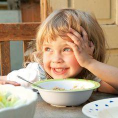 Richtige Menge: Diese Faustregel sagt dir, wie viel dein Kleinkind essen kann   BRIGITTE.de