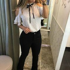 I want cute outfits like this one! Girl Outfits, Fashion Outfits, Mode Chic, Professional Outfits, Business Outfits, Work Attire, Blouse Styles, Casual Chic, Stylish Outfits