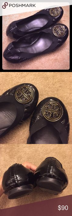 Tory Burch Caroline Patent Ballet flats size 7 Gently worn Tory Burch Caroline Patent ballet flats size 7M. Sold out online everywhere! A broad elastic band ensures a secure and super comfortable fit! Has a bold enamel logo medallion that tops the round toe. True to size. Top of shoe and medallion logo are in perfect shape. Can only see the wear on the bottom of shoe as shown in pic above from normal usage. Tory Burch Shoes Flats & Loafers